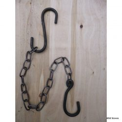 British-made hook and chain