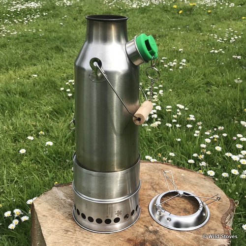 Kelly kettle inserted wild woodgas stove